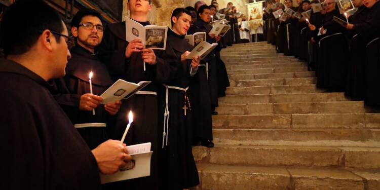 Les Franciscains, fidèles gardiens depuis des siècles du tombeau de Jésus