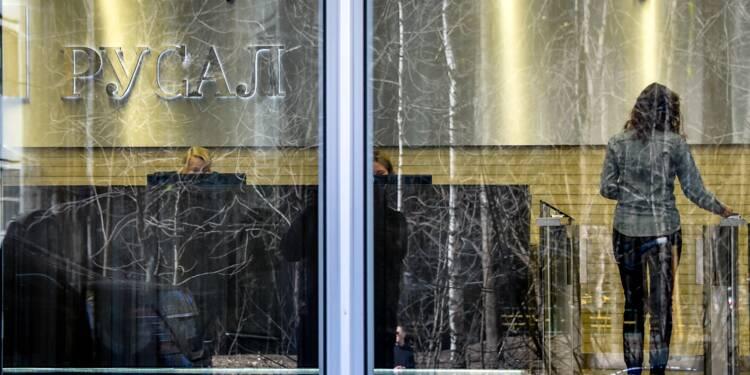 """Panique boursière en Russie après les """"scandaleuses"""" sanctions américaines"""