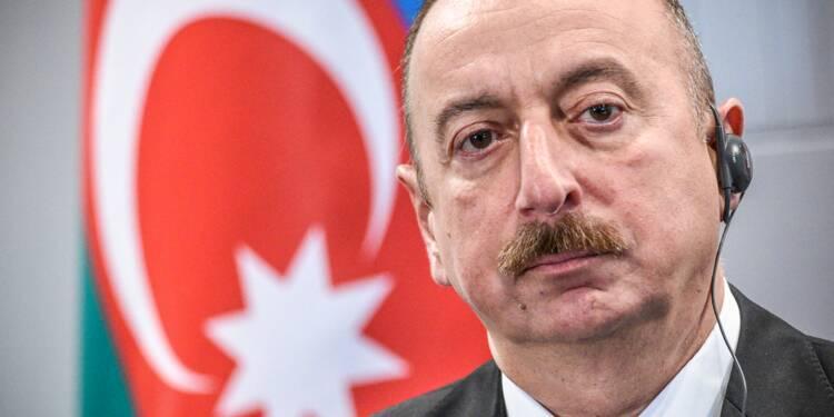 Azerbaïdjan: le président Ilham Aliev largement réélu