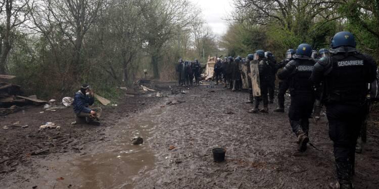 NDDL: après les expulsions, début des opérations de déblaiement sur la ZAD