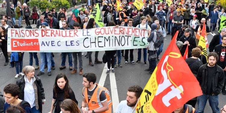 SNCF, Parcoursup, santé, postiers: plusieurs centaines de manifestants à Paris
