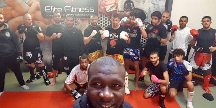 """""""Pire qu'à Marseille"""": Créteil, sonnée après le meurtre d'un ancien champion de boxe thaï"""