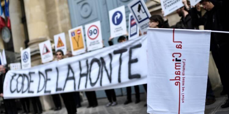 Droit d'asile: coup d'envoi des débats à l'Assemblée, la majorité à l'épreuve