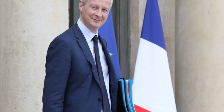 Bruxelles va proposer de sortir la France de la procédure pour déficit excessif