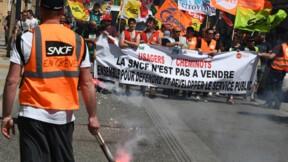 SNCF: l'intersyndicale veut négocier avec Édouard Philippe