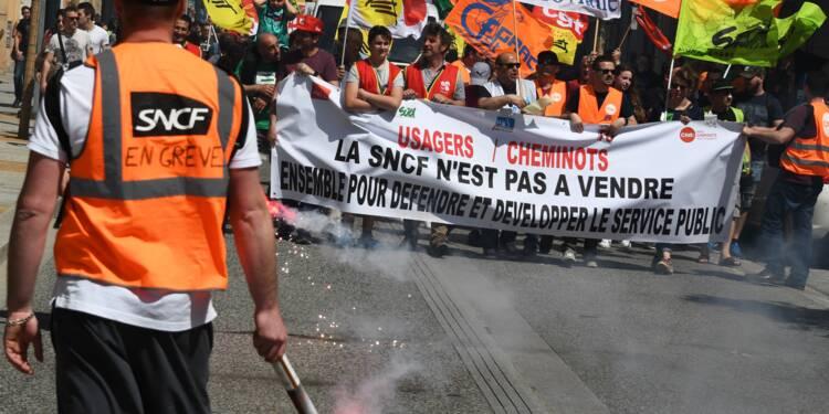 """SNCF: l'intersyndicale annonce un """"rassemblement le 3 mai"""" à Paris et en régions"""