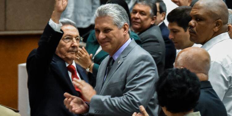 Miguel Diaz-Canel succède à Raul Castro à Cuba