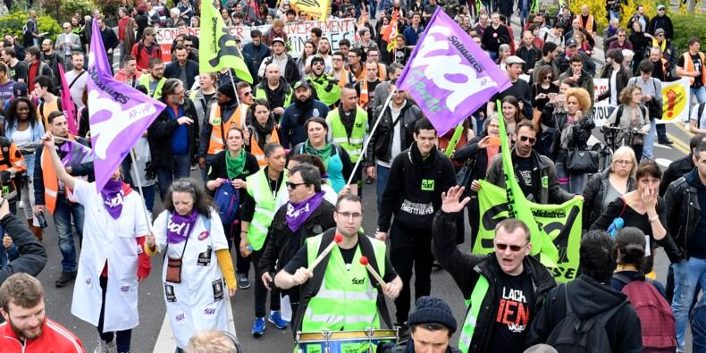 """Face à Macron, la CGT tente d'initier une """"convergence des luttes"""""""