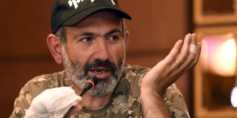 """Arménie: l'opposant Pachinian se dit """"prêt à diriger le pays"""""""