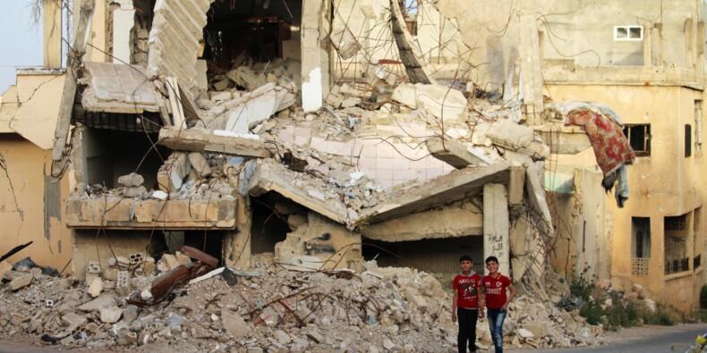 """Syrie: """"alerte maximale"""" pour les rebelles de Deraa, menacés d'un assaut du régime"""