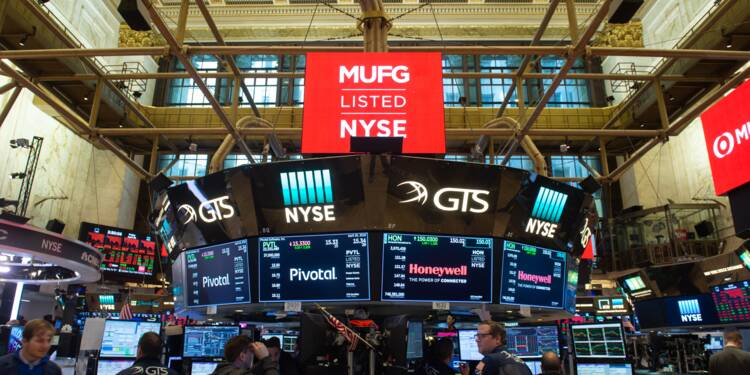Wall Street termine le mois sur une note négative