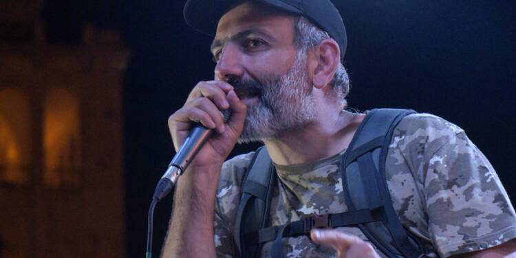 Arménie: l'opposant Pachinian pose un ultimatum, la Russie en médiateur