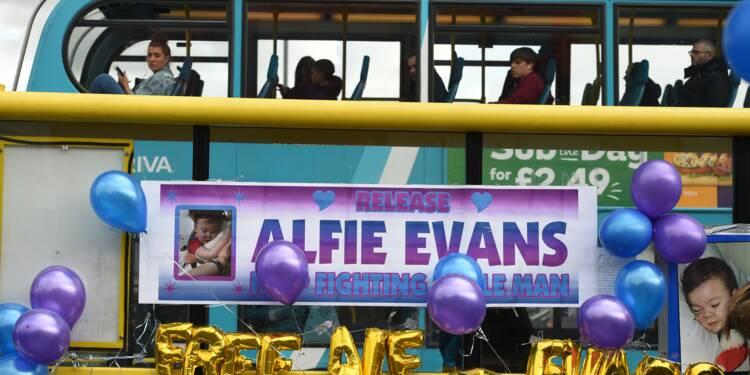 Royaume-Uni: mort d'Alfie Evans, le bébé en état semi-végétatif au centre d'une bataille judiciaire
