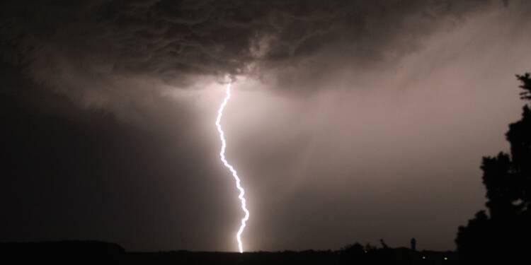 Orages et pluies: trois départements maintenus en vigilance orange