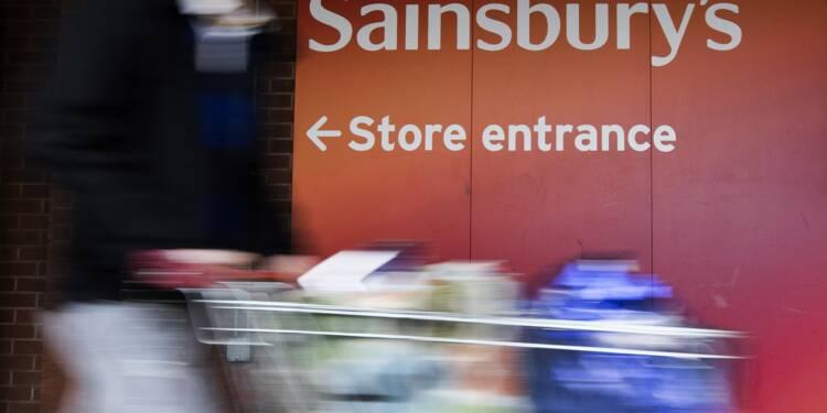 Sainsbury's et Asda annoncent leur fusion pour créer un géant des supermarchés