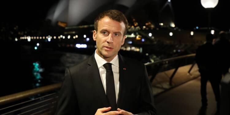 """Emmanuel Macron condamne """"avec une absolue fermeté les violences"""""""