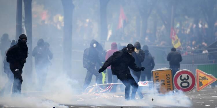 1er mai en France: heurts à Paris après des manifestations calmes en régions
