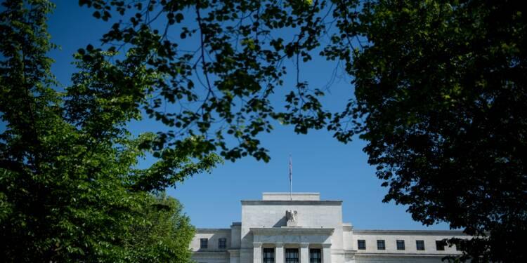 """USA: la Fed laisse les taux inchangés mais signale une croissance """"forte"""""""
