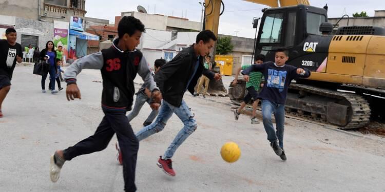 En Tunisie, les jeunes ont des rêves mais ne croient plus à la politique