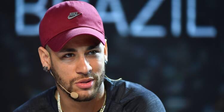 Paris SG: Neymar les pieds à Paris, la tête à la Coupe du monde