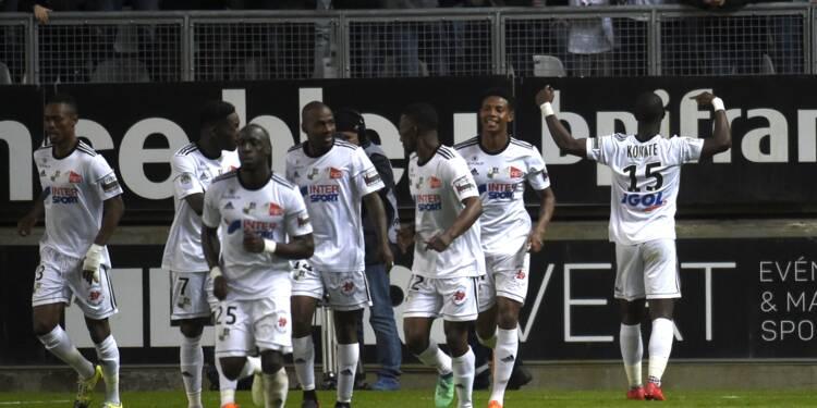 Ligue 1: Paris s'embourbe à Amiens avant Les Herbiers