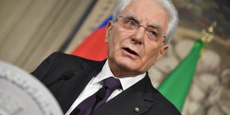 """Italie: le président veut un gouvernement """"neutre"""" jusqu'en décembre"""