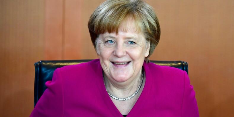 Réforme en zone euro: Merkel confiante de trouver des solutions avec Macron