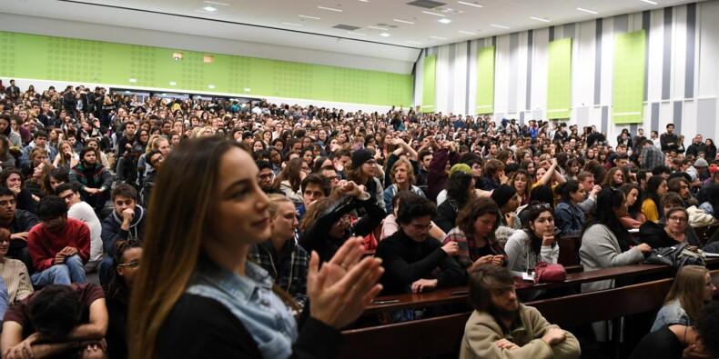 Nanterre: les étudiants votent le blocage illimité de l'université