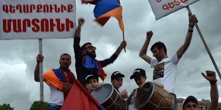 Arménie: l'opposant Pachinian élu Premier ministre, le peuple fait la fête