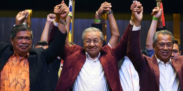 Malaisie : victoire historique de l'opposition de Mahathir Mohamad