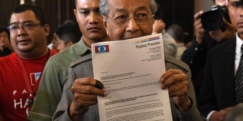 Malaisie: Mahathir, 92 ans, s'attend à être investi Premier ministre jeudi