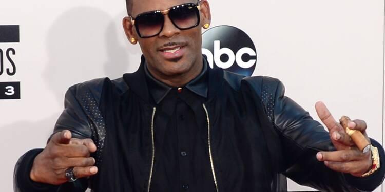 Spotify crée un précédent en retirant R. Kelly, accusé d'abus sexuels