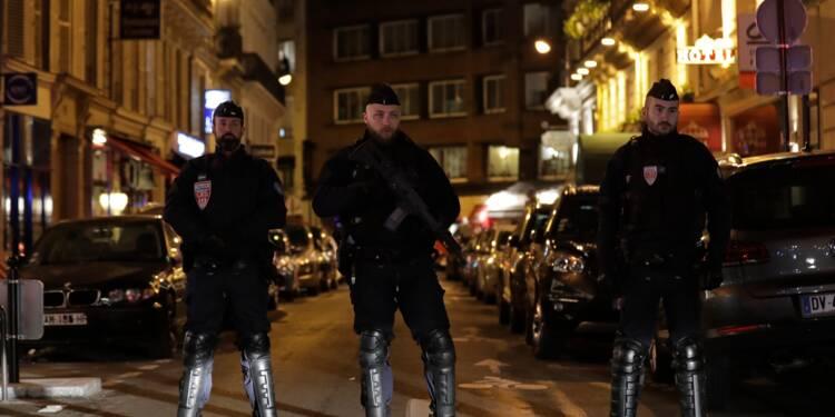 """Attaque au couteau : section antiterroriste saisie, l'assaillant a crié """"Allah Akbar"""" selon des témoins (procureur)"""