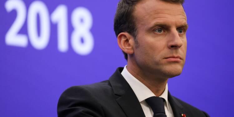 Popularité en légère baisse pour Macron (-1), en hausse pour Philippe (+2)