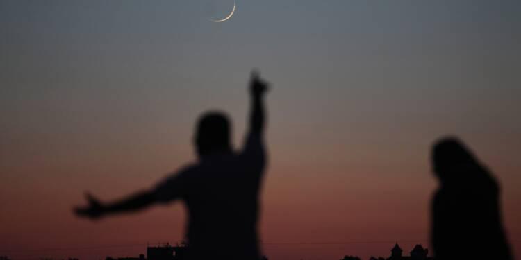 Gaza: Israël frappe le Hamas, la Ligue arabe se réunit
