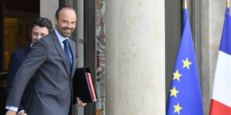 Offensive com' du gouvernement pour son premier anniversaire, les opposants à Macron ripostent sur France 2