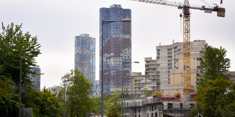 Crédits immobiliers: les taux tombent à un nouveau record en juin en France