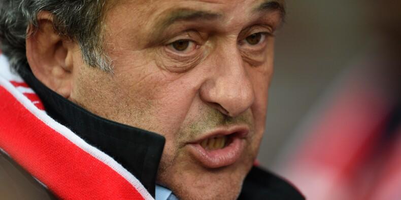 Fifa: blanchi par la justice Suisse, Platini contre-attaque