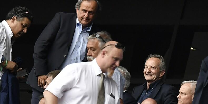 """Fifa: hors de cause """"en l'état"""" devant la justice suisse, Platini contre-attaque"""