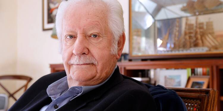 Pierre Bellemare, la voix de crooner et la moustache d'un télévendeur né