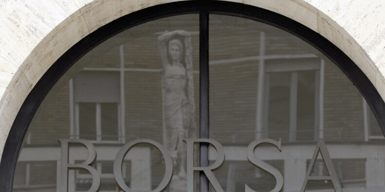 Crise politique en Italie: la Bourse de Milan se reprend