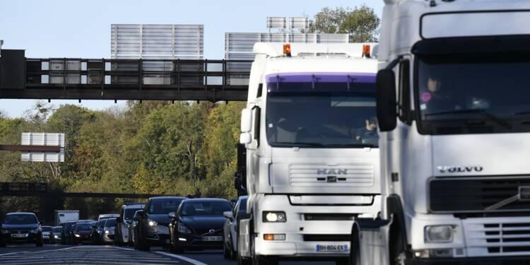 """Transport routier: une vignette """"pas une mauvaise piste"""" selon Griveaux"""