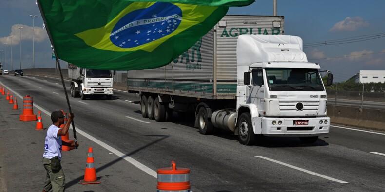 Grève des routiers: le Brésil donne des signes de retour à la normale