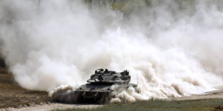 Gaza: Israël frappe à nouveau le Hamas, informations contradictoires sur un cessez-le-feu