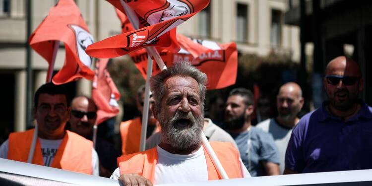 Grèce: manifestations et grève contre la poursuite de l'austérité