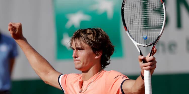 Roland Garros: Zverev court après le score, Djokovic à l'heure
