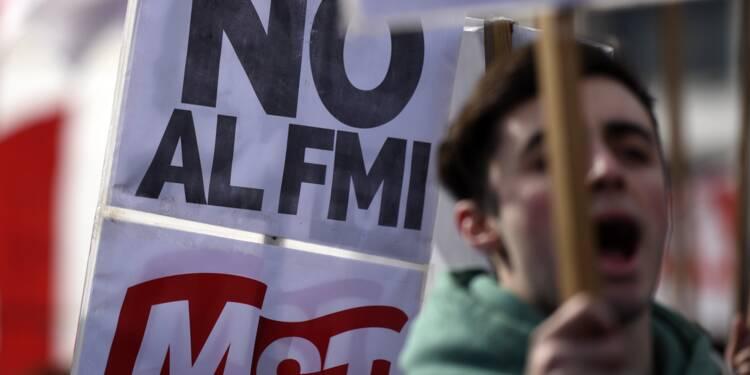 Argentine: le gouvernement annonce des coupes budgétaires, la grogne monte