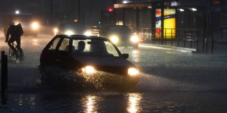 Orages et inondations : 16 départements en alerte orange
