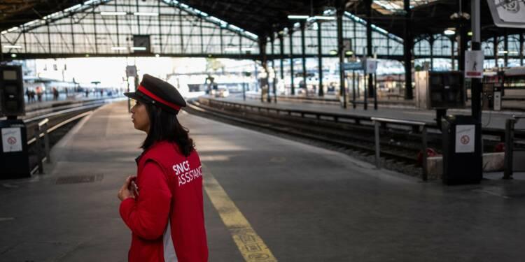 Air France, SNCF: le tourisme d'affaires éprouvé par deux mois de grèves combinées