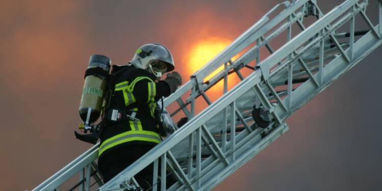 """Toulouse: 19 blessés dont 2 en """"urgence absolue"""" dans un incendie d'immeuble"""